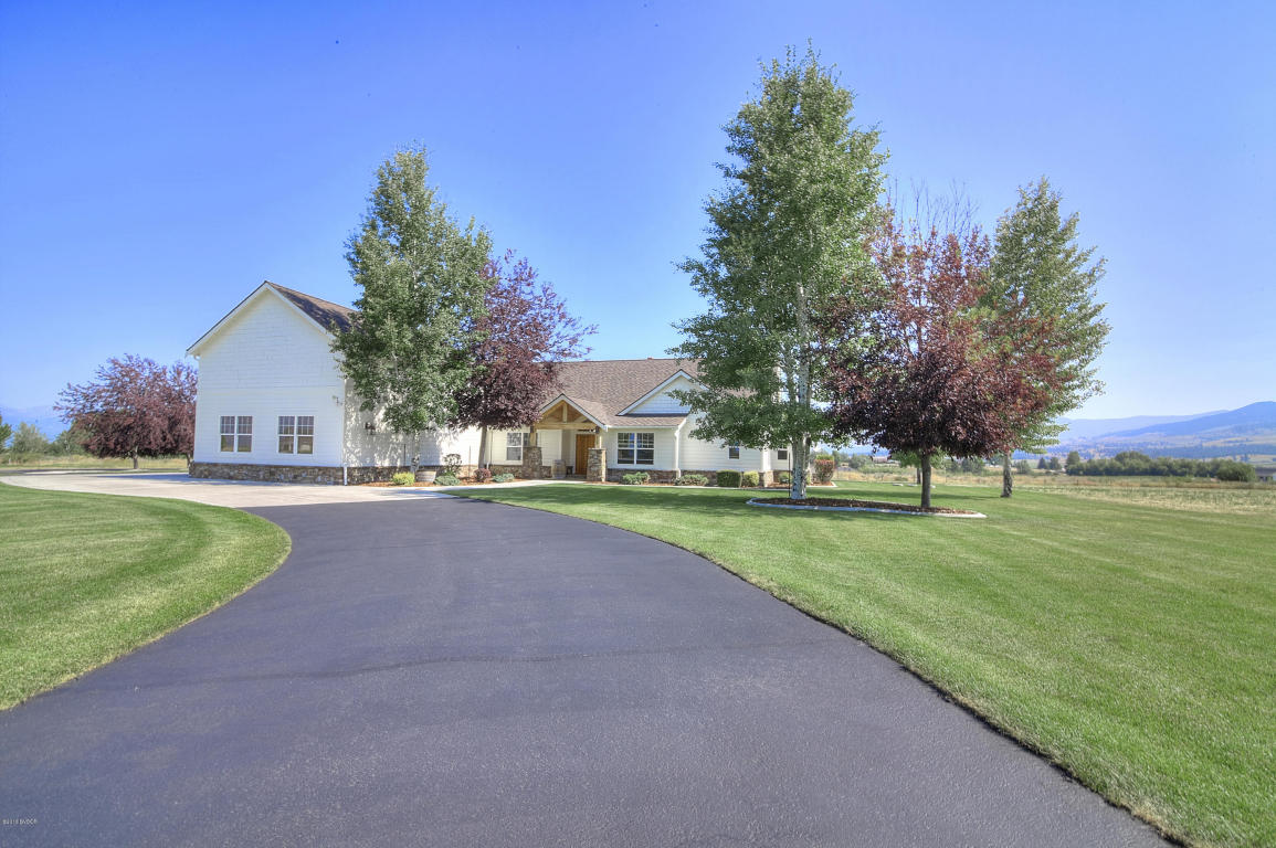 407 Back Nine Ln Hamilton, MT 59840