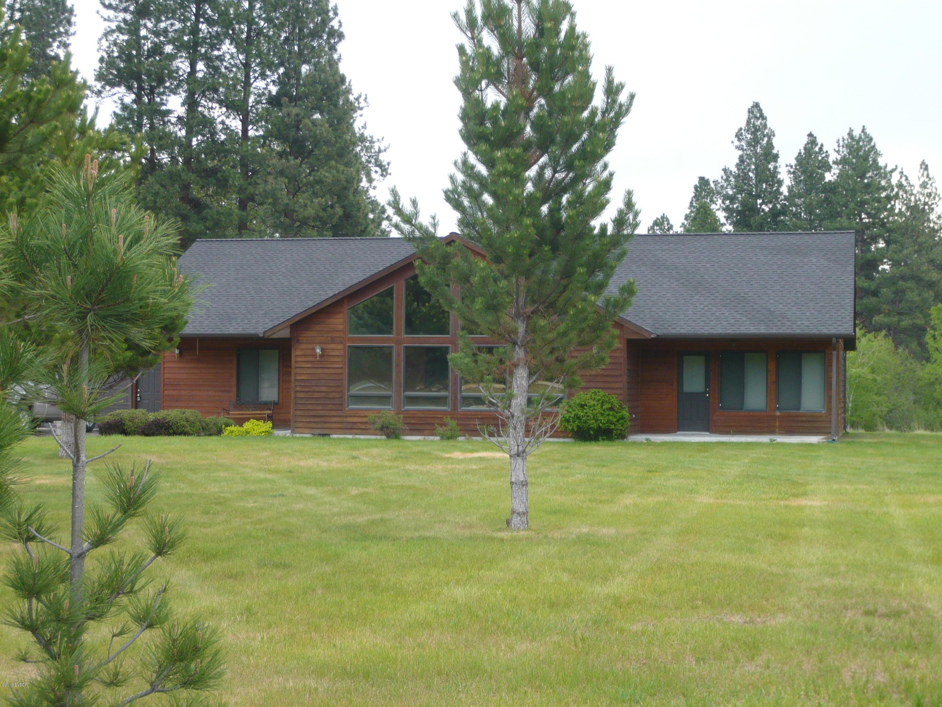 1560 Ward Mountain Ln Hamilton, MT 59840