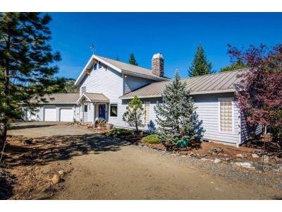 13.17 acres Weaverville, CA