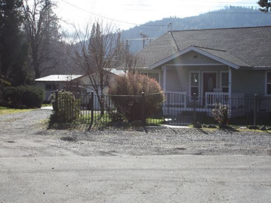 Photo of 353 A  B Mill St  Weaverville  CA