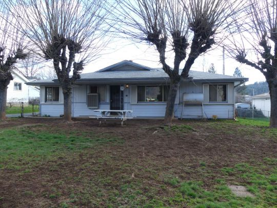 150 Weaver St Weaverville, CA 96093