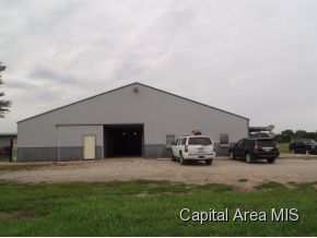 33 acres in New Berlin, Illinois