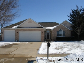 2816 Hastings Rd, Chatham, IL 62629