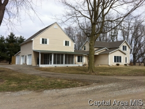 5 acres in Chatham, Illinois