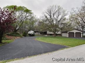 Real Estate for Sale, ListingId: 27954598, Girard,IL62640