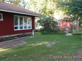 Real Estate for Sale, ListingId: 29305207, Girard,IL62640