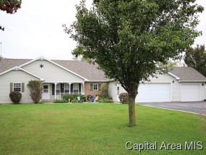 Real Estate for Sale, ListingId: 30203866, Girard,IL62640