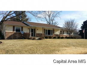 23 Meander Pike, Chatham, IL 62629