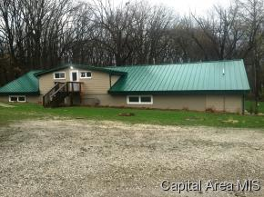 1524 Lick Creek Ln, Chatham, IL 62629