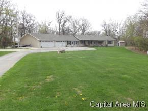 Real Estate for Sale, ListingId: 32898308, Girard,IL62640