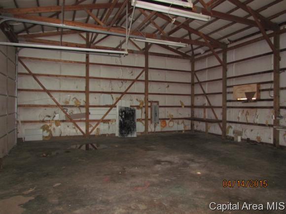 Real Estate for Sale, ListingId: 33267187, Hillsboro,IL62049