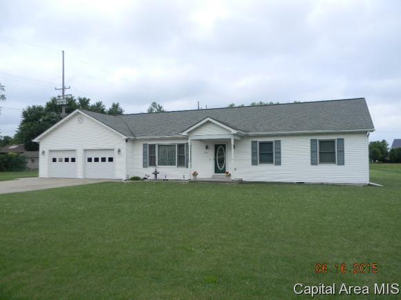Real Estate for Sale, ListingId: 33763055, Girard,IL62640