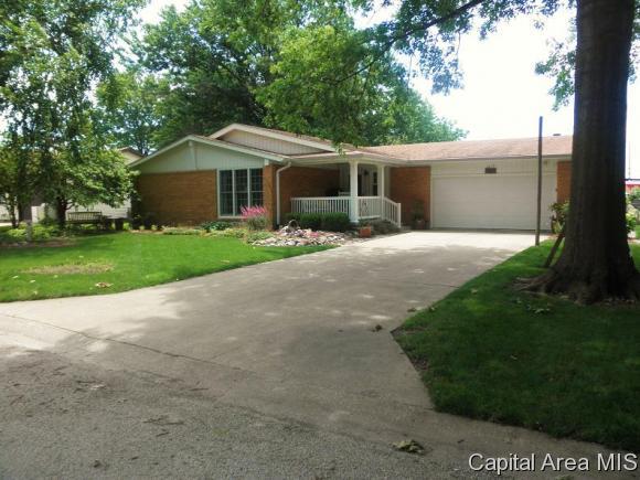Real Estate for Sale, ListingId: 33790918, Auburn,IL62615