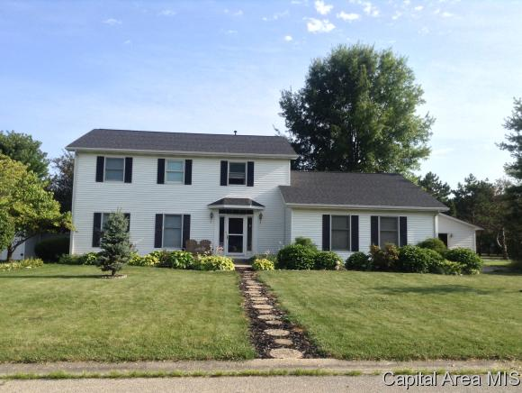 1804 Mayfield Rd, Chatham, IL 62629