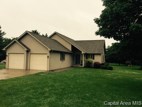 Real Estate for Sale, ListingId: 33902808, Auburn,IL62615