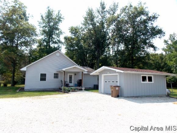 Real Estate for Sale, ListingId: 35177742, Girard,IL62640