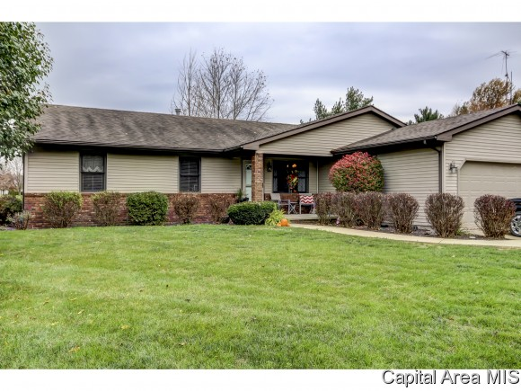Real Estate for Sale, ListingId: 36214279, Auburn,IL62615