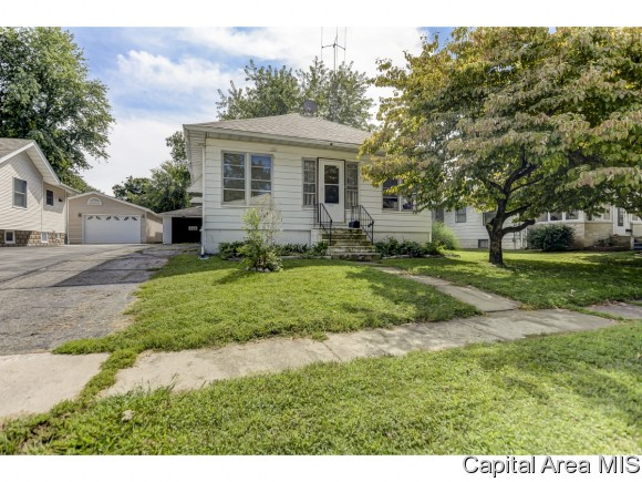 Photo of 512 E Elm St  Taylorville  IL