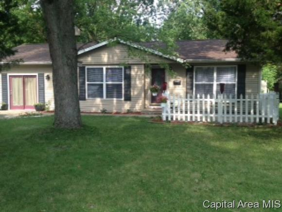 46 Buckingham, Chatham, IL 62629