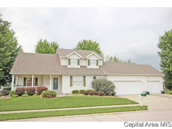 221 Dover Dr, Chatham, IL 62629