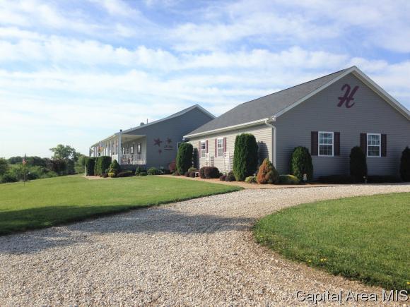 285 Mutch Rd, Murrayville, IL 62668