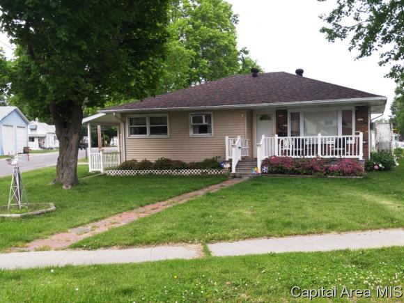 Photo of 428 W 2ND SOUTH ST  Carlinville  IL