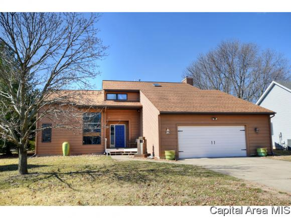 Contemporary,1.5 Story, Residential,Single Family Residence - Springfield, IL (photo 1)