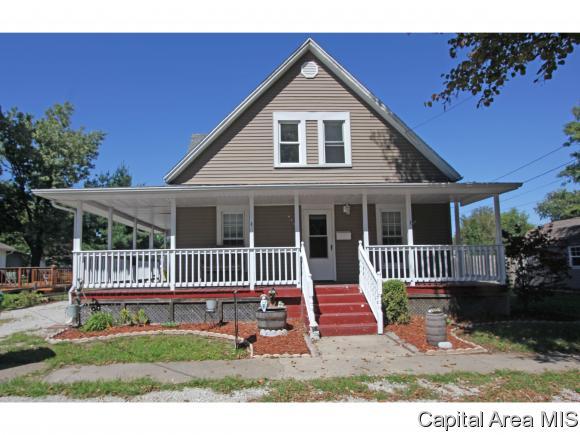 926 W Jefferson St Auburn, IL 62615