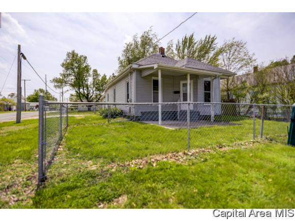 primary photo for 1000 W England St., Taylorville, IL 62568, US