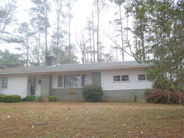 733 Magnolia Rd, Chattahoochee, FL 32324