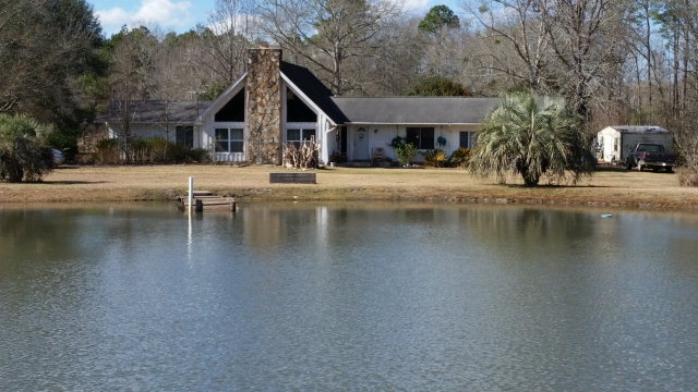 Real Estate for Sale, ListingId: 31396157, Cottondale,FL32431