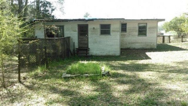 4320 South St, Marianna, FL 32448