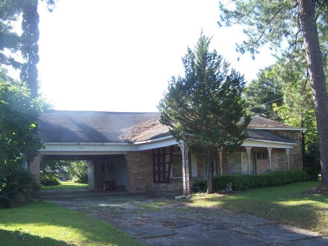 Real Estate for Sale, ListingId: 34047192, Malone,FL32445