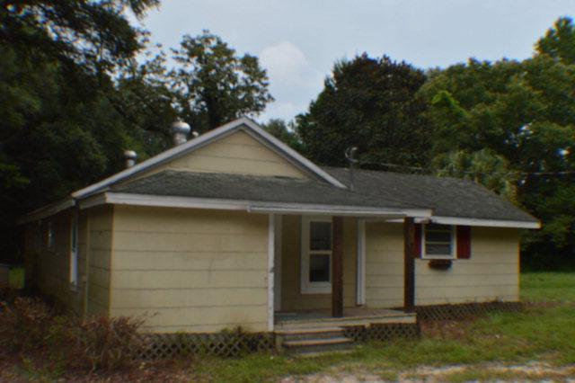 2199 Bonifay Gritney Rd, Caryville, FL 32425