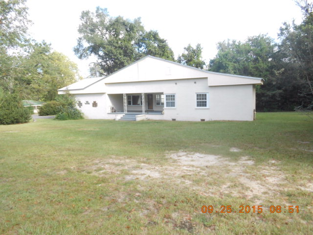 209 Michigan Ave, Bonifay, FL 32425