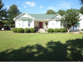 1041 County Road 1659, Cullman, AL 35058