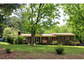 300 4th St SW, Hanceville, AL 35077
