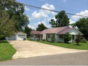 206 Kentucky Ave SE, Hanceville, AL 35077