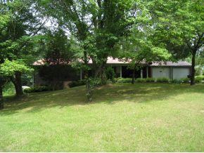 1382 Calvert Rd, Cullman, AL 35057