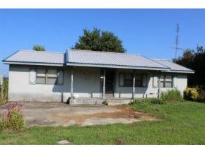 8135 County Road 1082, Vinemont, AL 35179