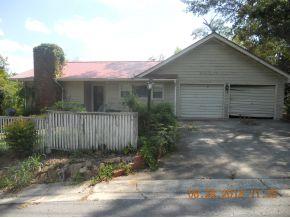 310 Cliff Rd SE, Cullman, AL 35055