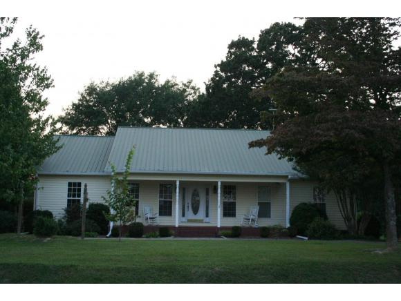 763 County Road 1371, Vinemont, AL 35179
