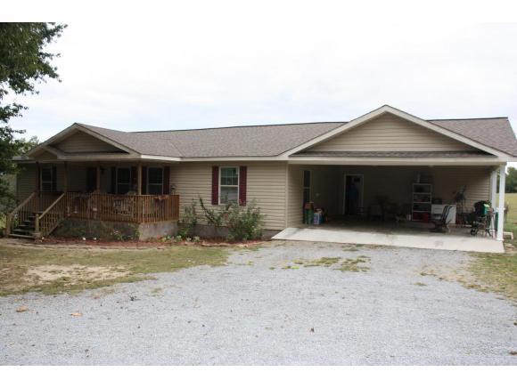 608 Cemetary Rd, Holly Pond, AL 35083