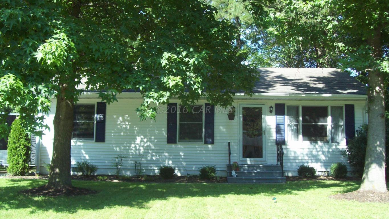 109 Ridgefield Ln, Fruitland, MD 21826