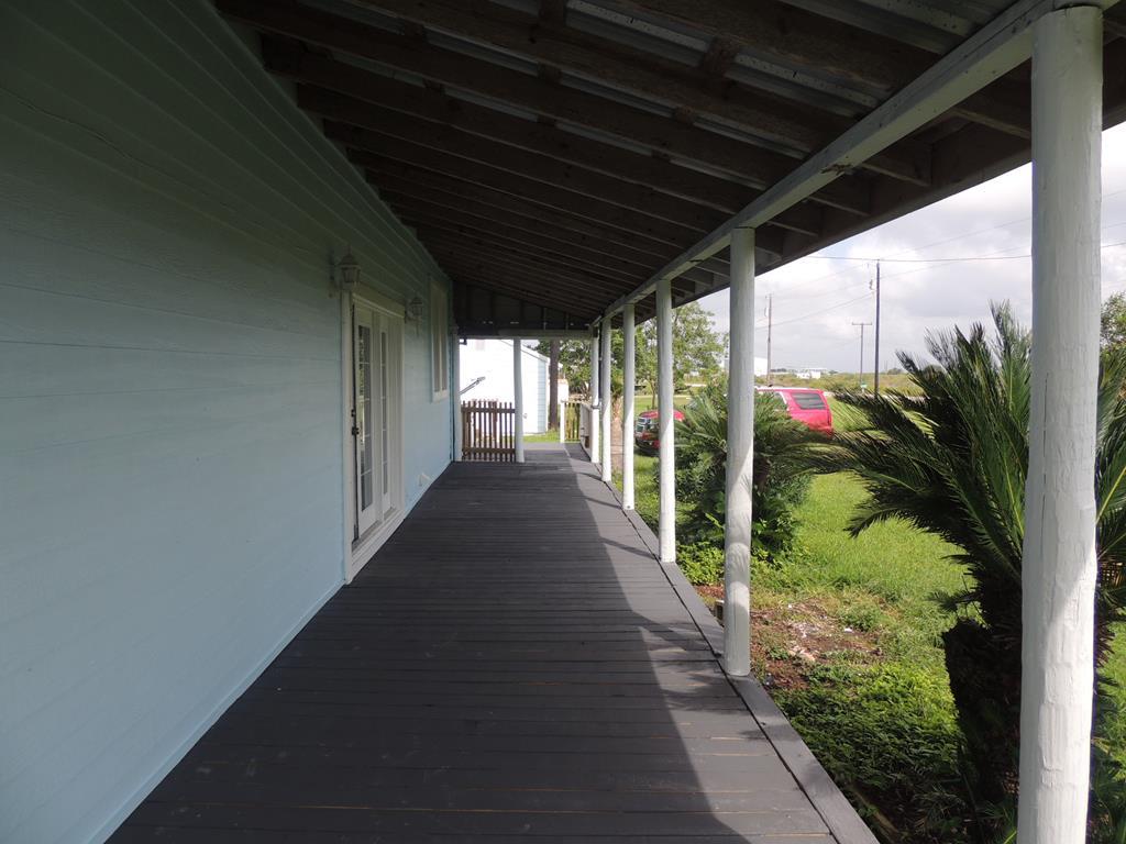 Photo of 544 S Quail Run Avenue  Port Lavaca  TX