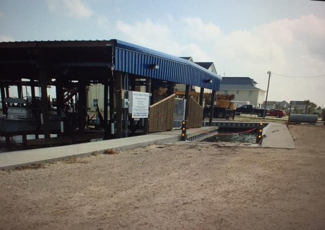 21 PELICAN Port O'Connor, TX 77982