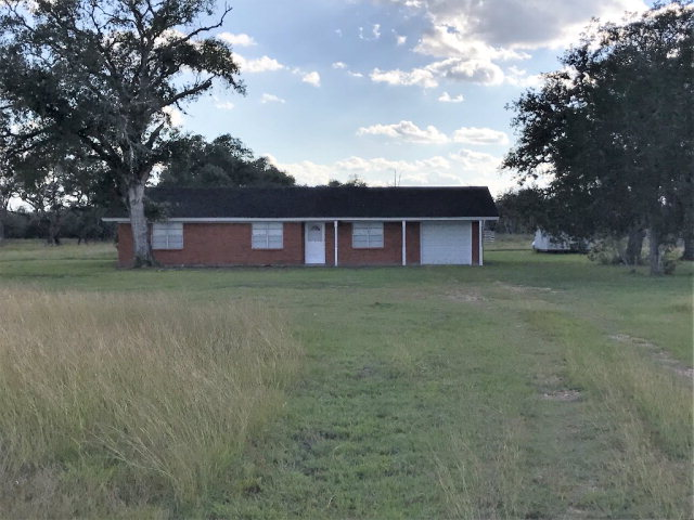 Photo of 13924 N State Hwy 111  Edna  TX
