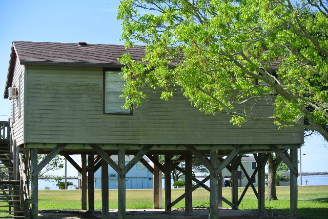 Photo of 1490 Bayview Drive  Palacios  TX