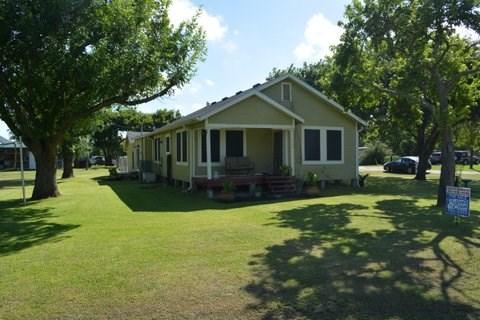 Photo of 512 Bay St  Austwell  TX