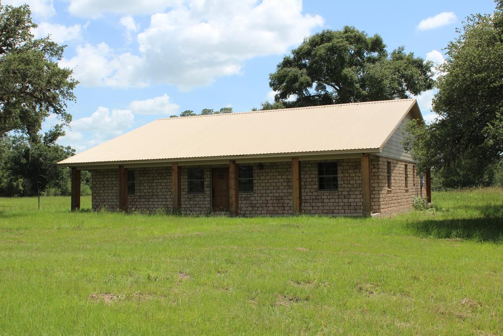 1400 County Road 126 Edna, TX 77957